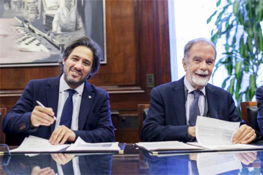 El presidente del BNA, Javier González Fraga junto al Ministro de Justicia y Derechos Humanos, Germán Garavano.